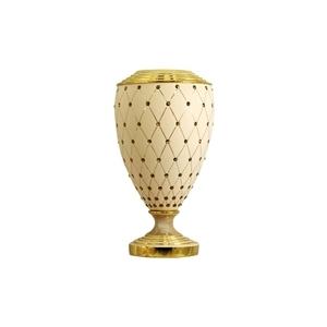 Вазы и колонны Delta Ceramiche