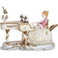 Фарфоровая статуэтка «Пианистка» (серия «Фарфоровые кружева»)
