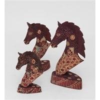 """Фигурка деревянная """"Лошадь"""" фиолетовая набор из трех 10-013 (батик, о. Ява)"""