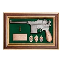 Панно с пистолетом «Маузер со знаками ФСБ» в подарочной упаковке ПК-216