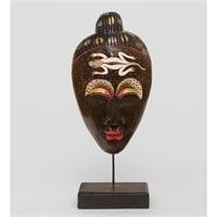 Маска на подставке «Саламандра» 99-015 (албезия, о. Бали)