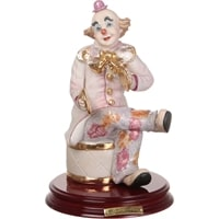 Статуэтка фарфоровая «Клоун с тарелками»